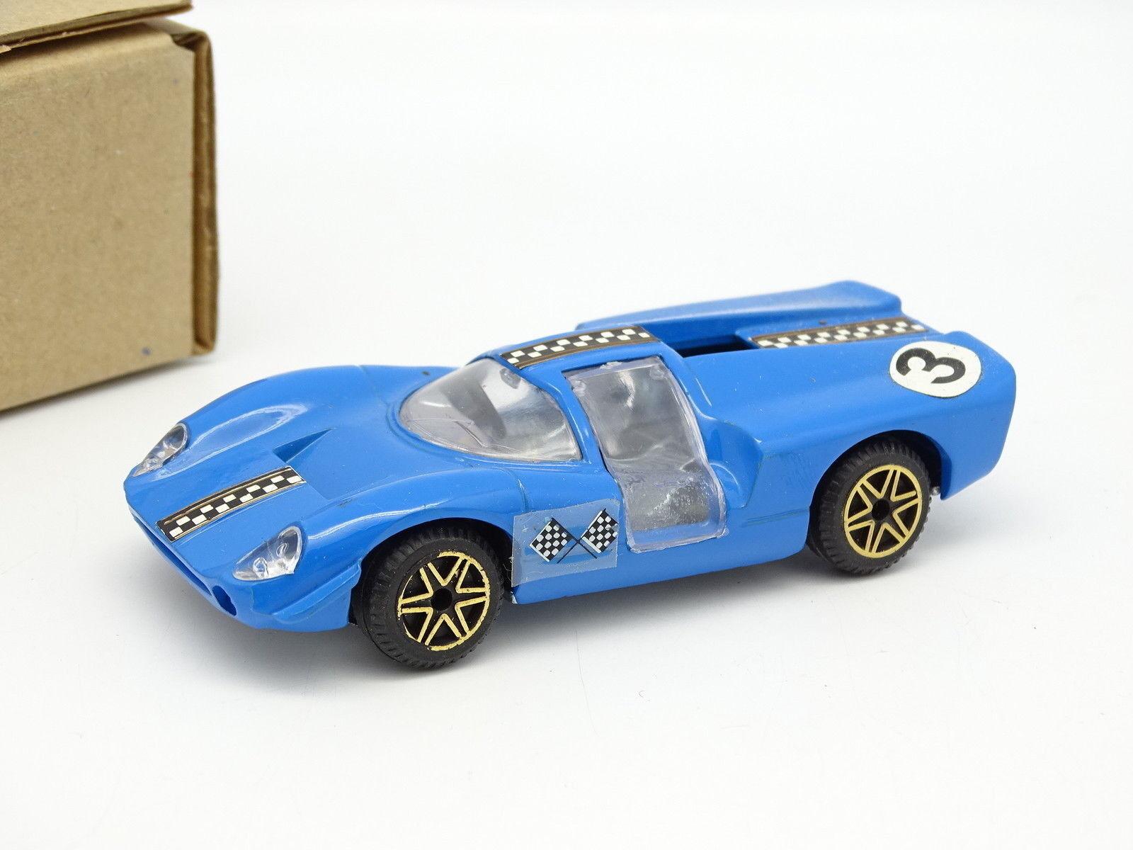 Politoys SB 1 43 - Lola Aston Martin Bleue 565