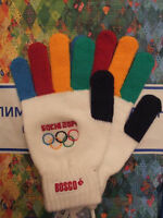 1 X New. Sochi 2014 Olympics Official Knitted Gloves / Mittens. M/l.