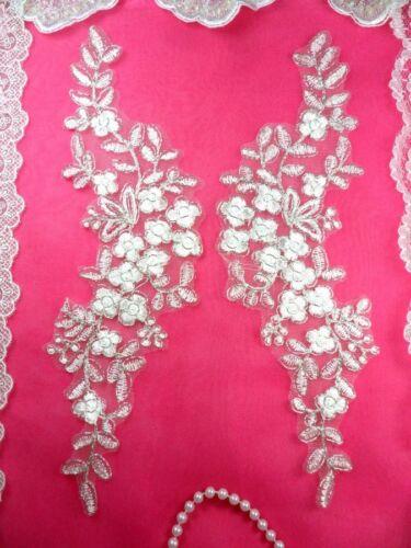 """Mirror Pair Appliques White Silver Metallic Floral Venise Lace 11.5/"""" BL80"""