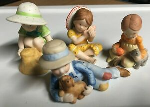 1970s-80s-Holly-Hobbie-Figurine-Lot-Miniatures-Collection-4
