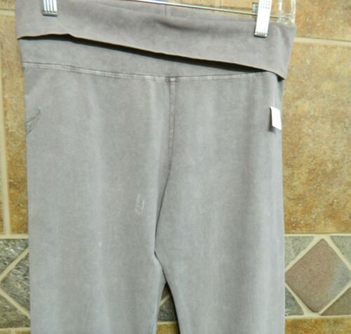 T-Party Light Grey Fluer de lis Wing Fold Over Yoga Pants Sz S-M-L $38 SALE $24