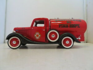 SOLIDO FORD V8-1936 PROVIDENCE RI FIRE DEPT Tanker / Fire Truck