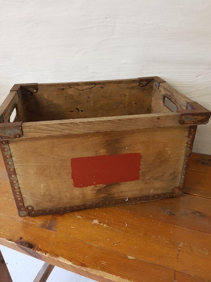 Træ kasse