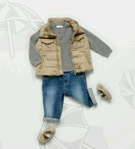 9a28945e41 Details about NWT NEW Gucci boys girls white or beige puffer vest GG 0/3  9/12 or 36m 334911