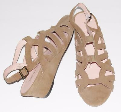 TARYN ROSE~NWOB~$249~SOFT SUEDE *SHERDON* LOW-WEDGE STRAPPY GLADIATOR SANDALS~10