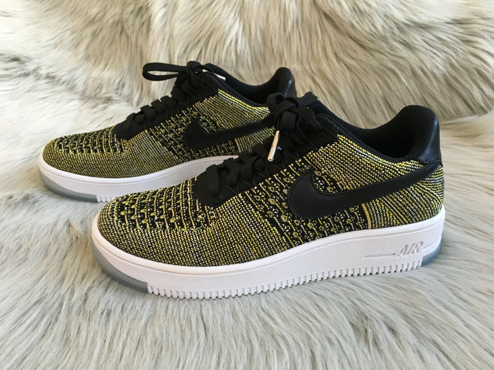 New Nike AF1 Flyknit Low shoes Sneaker (Size 7.5)