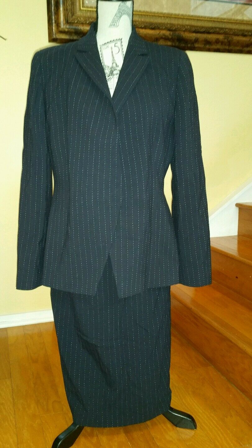 Armani wool suit size 10