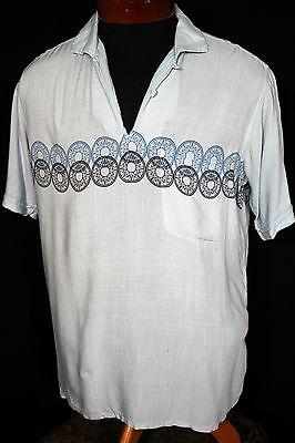 Bello Vintage 1950's Stampato Blu Rayon Gabardine Pullover Camicia Misura Medio