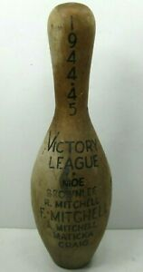 1944-1945-Victory-League-Wood-Bowling-Pin-Trophy-Vintage