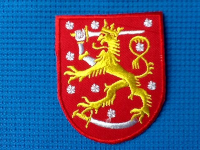 FINLAND FINNISH COAT OF ARMS FLAG LION SOW SEW IRON ON PATCH SUOMEN VAAKUNA