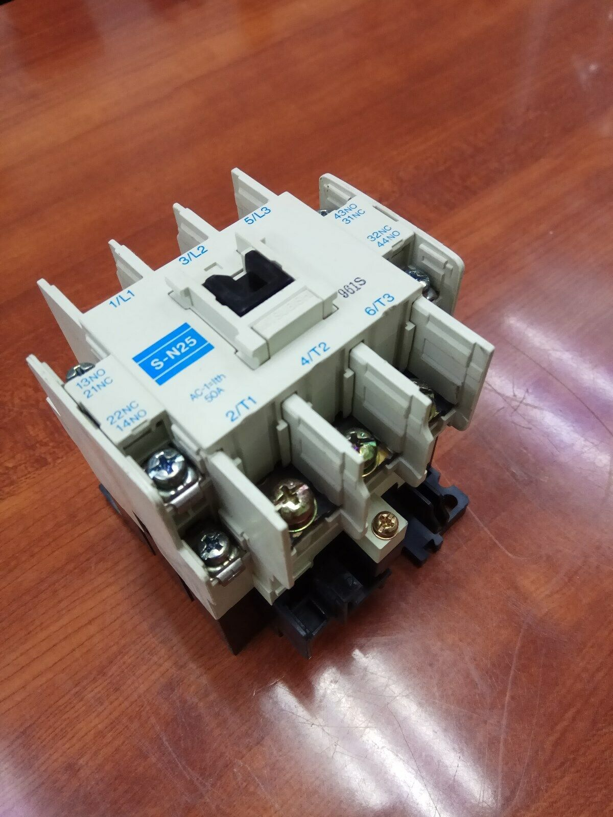 MITSUBISHI S-N25 50A Magnetic Contactor