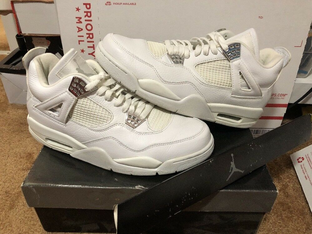 2006 Air Jordan 4 Retro Pure White Metallic Silver Size 10.5 (308497-102) Money
