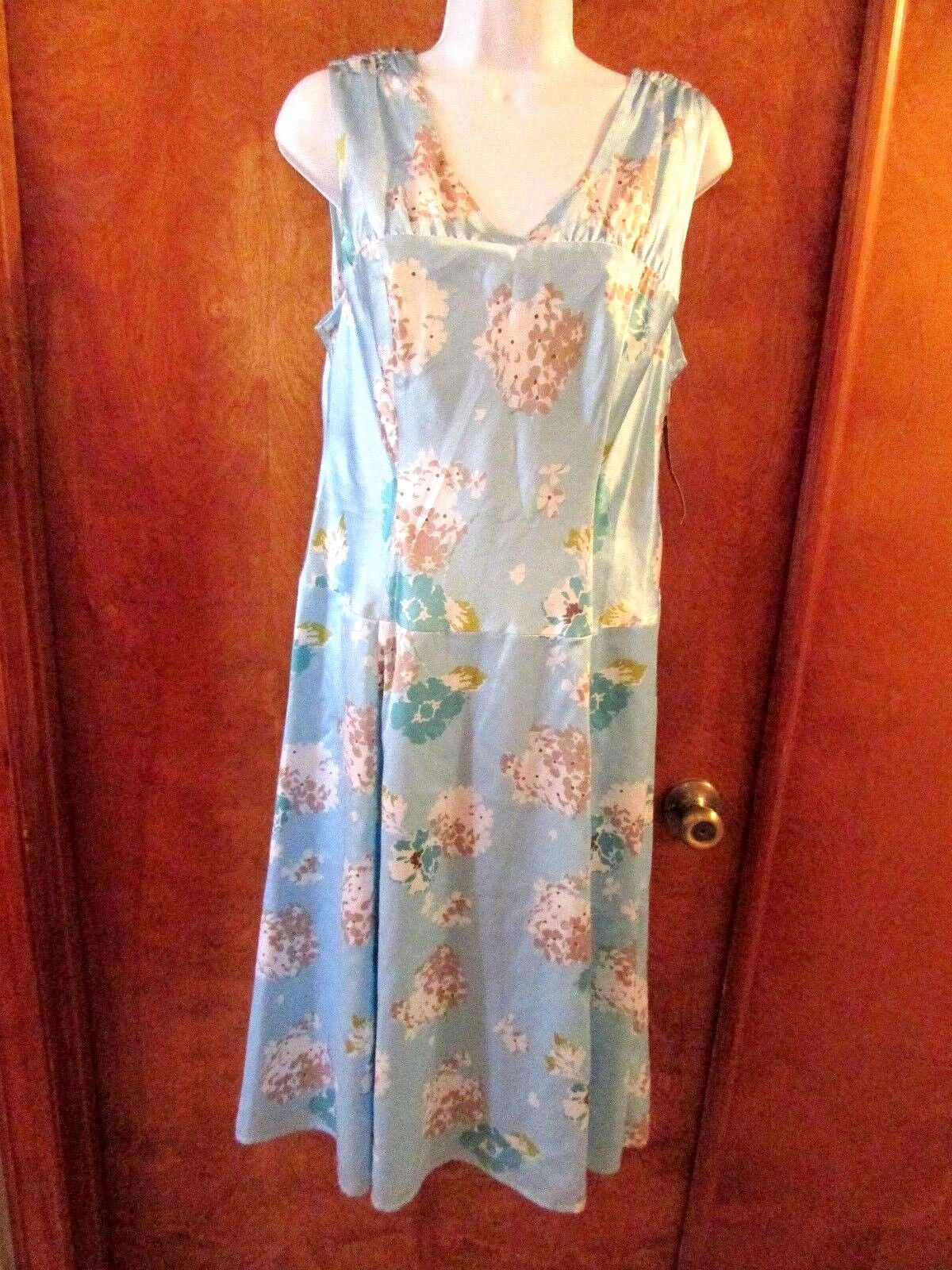 Ladies  Pendleton  Size 12, Lt bluee Floral, Sleeveless, Flare Skirt, Dress