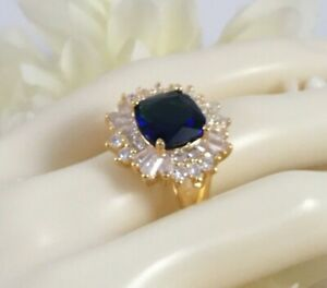 Vintage-Jewellery-Gold-Ring-with-Blue-White-Sapphires-Antique-Deco-Jewelry-sz-V
