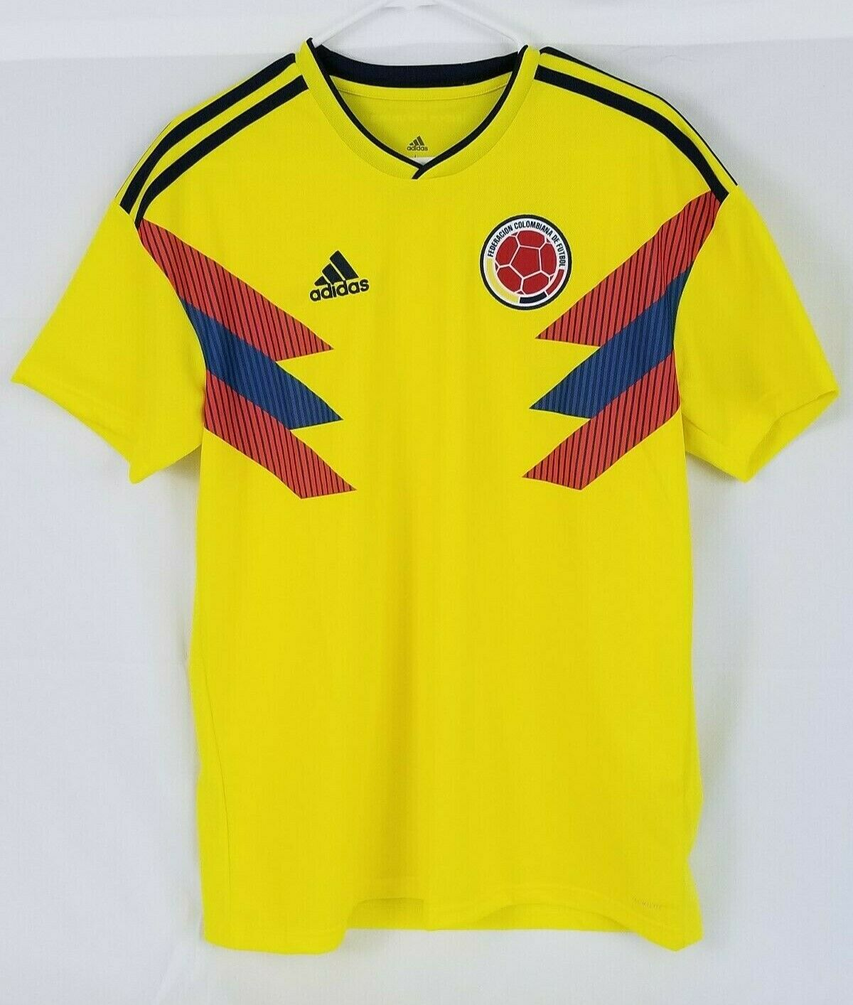 d07554d4569 NWT ADIDAS 2018 Colombia Home Soccer Jersey. Size Large. (CW1526 ...