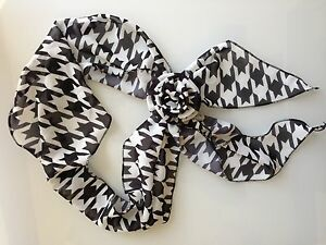 1430aa716353e WHOLESALE LOT of 10 Clip Scarves - we have thousand - OFFERS ...