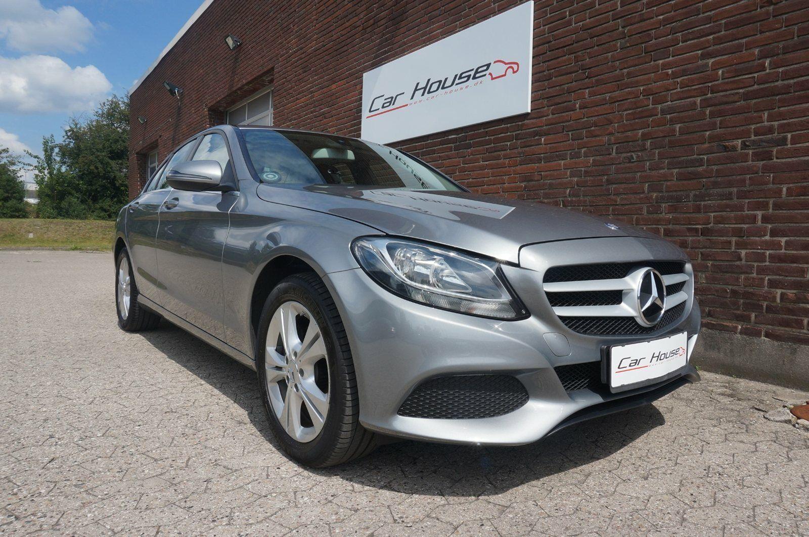 Mercedes C200 2,0  4d