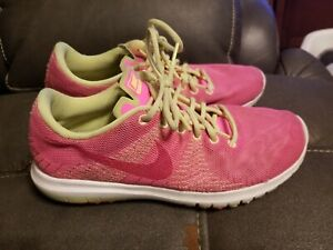 51358f588e4b Nike Fury Running Shoes Size 3.5y Pink Yellow 705460-600 Training ...