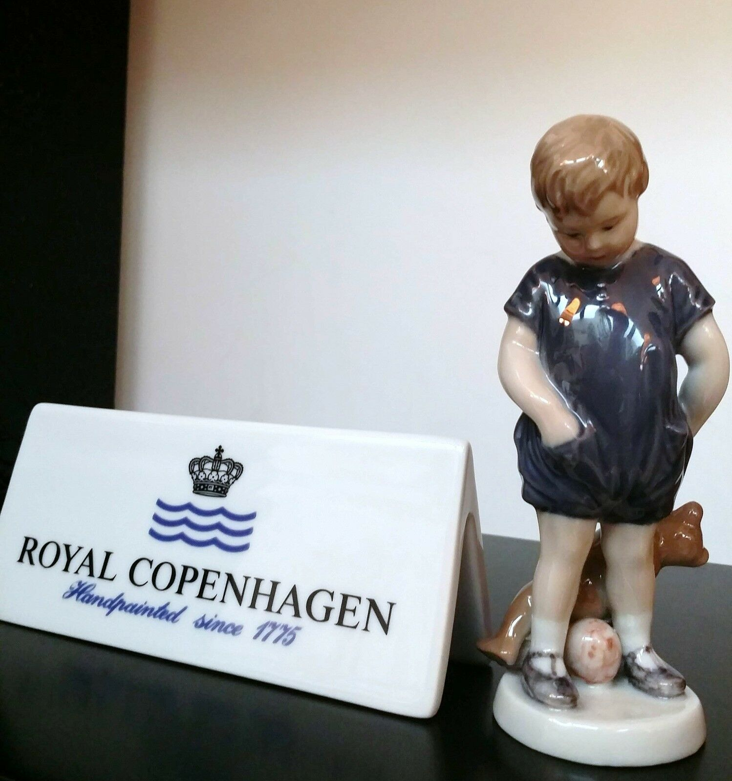 Royal Copenhagen Figurine Figurine Figurine - Bimbo Con Orsetto Mini - Royal Copenhagen Statuina c64d94