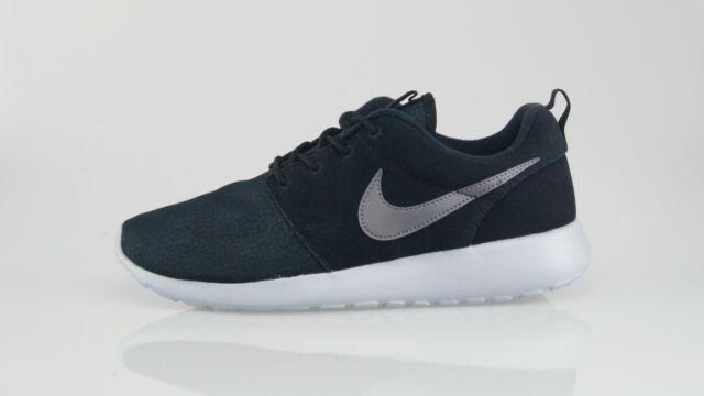 Sportive Suede Uomo Scarpe 001 Nero Pelle Nike 685280 One Roshe d7pwUq7