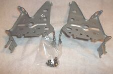 02-04 Toyota Camry AM/FM Radio CD Cassette Player Mounting Brackets And Screws