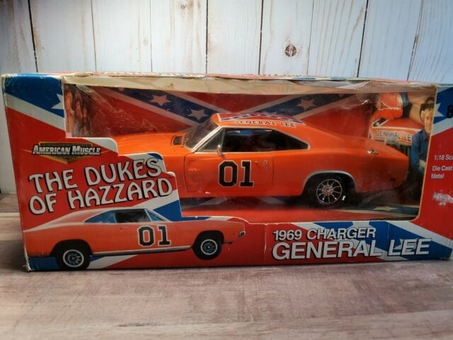 """1969 Dodge Charger General Lee /""""The Dukes Of Hazard/"""" Movie Car 1//18 Diecast Car"""