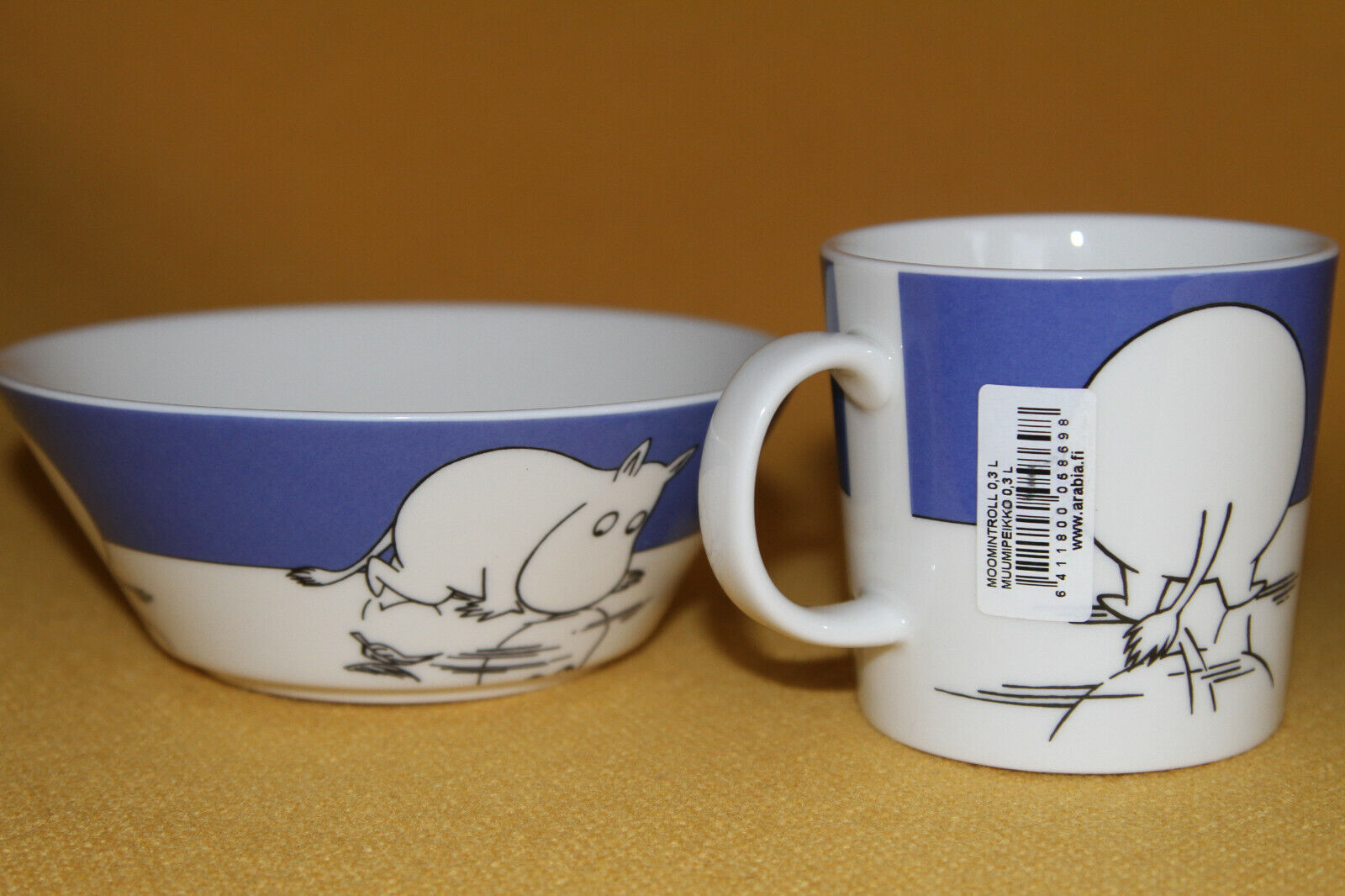 Arabia Mug and Bowl  Moomintroll on Ice  1999