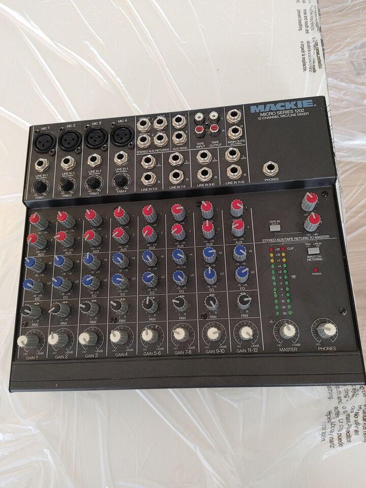 Mixer Mackie Micro series 1202