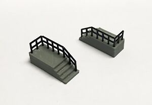 Outland-Models-Railway-Layout-Building-Entrance-Stairs-Long-2pcs-HO-Scale-1-87