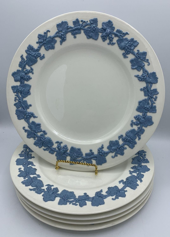 Image 1 - WEDGWOOD EMBOSSED QUEENSWARE LAVENDER ON CREAM DINNER PLATES SET OF 5 **EUC**