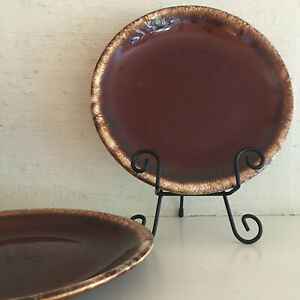 Set-of-2-vintage-Hull-Pottery-brown-drip-glaze-10-25-inch-dinner-plates