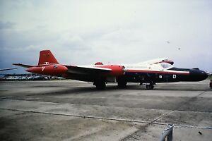 2-216-English-Electric-Canberra-B-6-C-N-EEP71105ROYAL-AIR-FORCE-XH568-SLIDE
