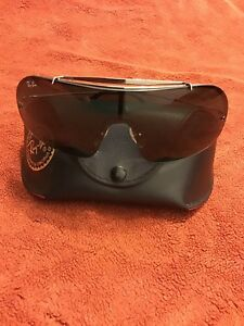 Authentic-Pre-Owned-Ray-Ban-Shield-Sunglass-3160-Wings-II-004-71-Small-With-Case
