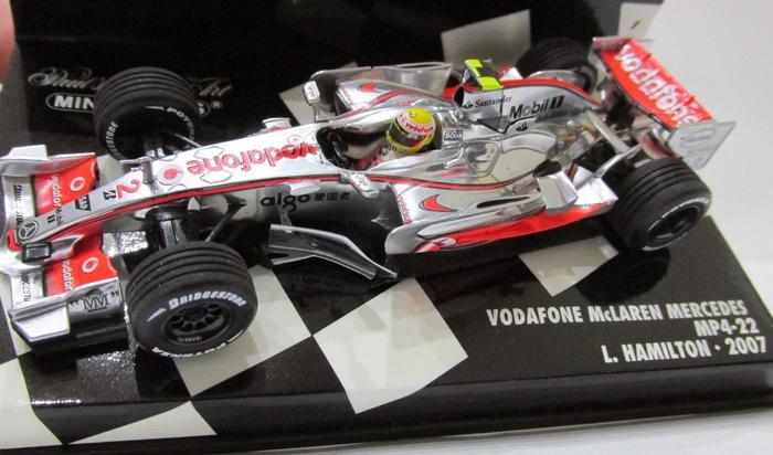 McLaren Mercedes MP 4 22 L.Hamilton 2007 530074302 1 43 Minichamps