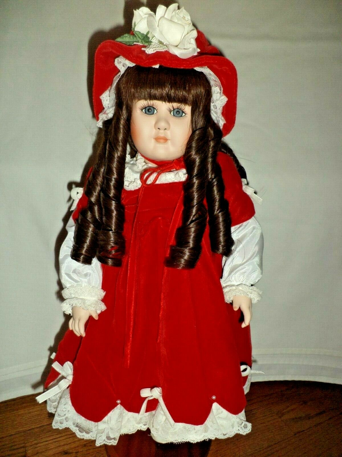 JENNIE'S LADY JENNIFER DOLL BY EDNA HIBEL   1986
