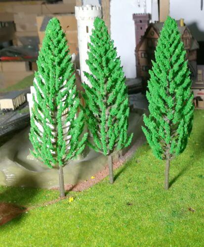résineux hauteur 150 mm 20 mittellgrüne Tannen