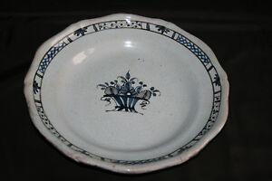 Plat en céramique Cul Noir fond bleu clair Izo6xJAW-09121211-421457244