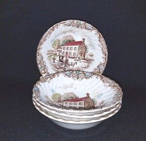 Vintage Johnson Brothers 4 Coupe Cereal Bowls in The Heritage Hall Pattern in Blue Ironstone Excellent Condition