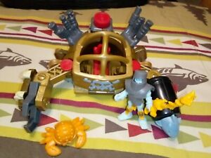 Fisher-Price-Imaginext-Pirate-Crab-Walker-Skeleton-mech-suit-armor-wrench-sword
