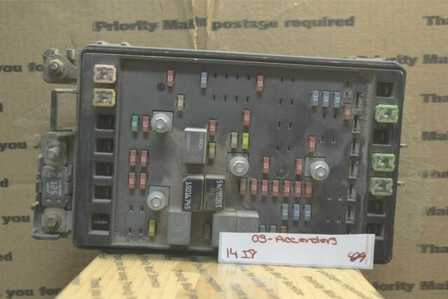 03 Isuzu Ascender Fuse Box Junction Oem 151719952 Module 429 14i8