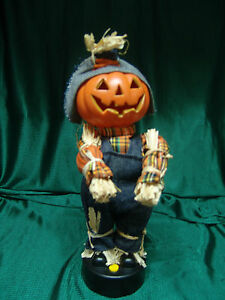 Animated pumpkinhead scarecrow w sound motion head both for Animated scarecrow decoration