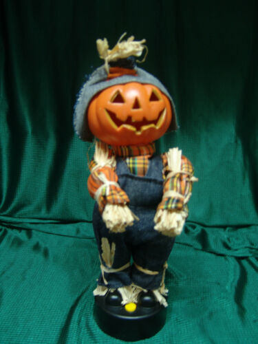 ANIMATED PUMPKINHEAD SCARECROW W/SOUND/MOTION HEAD & BOTH ARMS MOVE FREE SHIPPIN
