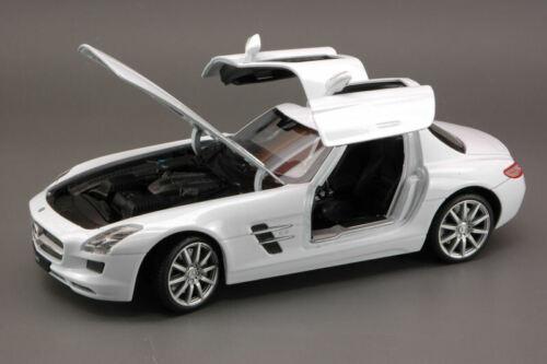 Mercedes Sls Amg 2009 White 1:24 Welly We4245 Modellino