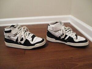 super popular 05e0e 4f0e4 Image is loading Used-Worn-Size-10-Adidas-Forum-Mid-Shoes-