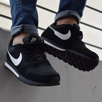Nike MD RUNNER 2 Sneaker Herren black white anthracite im