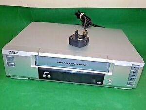 Sanyo-VHR-M292E-VCR-VHS-Video-Grabadora-De-Cassette-Vintage-Plata-Repuestos-defectuoso