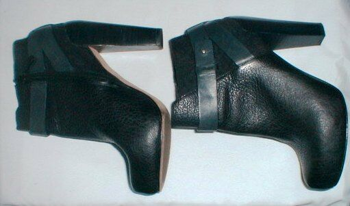 COLE HAAN HIGH STACKED HEEL SIZE ZIP LEATHER ANKLE ANKLE ANKLE BOOT   BOOTIE SIZE 7.5 293853