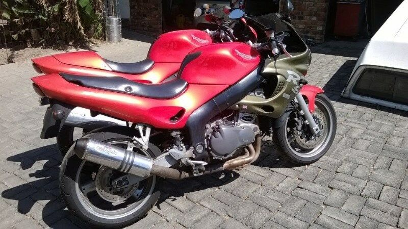 Triumph 995i Stripping for spares  Durban | Pinetown | Gumtree Classifieds  South Africa | 160402675