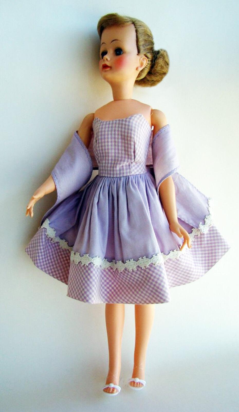 Jackie Kennedy Liz Carol Brent 15  Kleided Fashion Doll Original Ideal Outfit