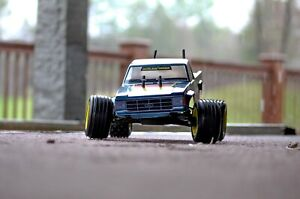 Kyosho Outlaw Ultima Vintage RC Truck RTR RC Car Buggy Castle Motor and ESC